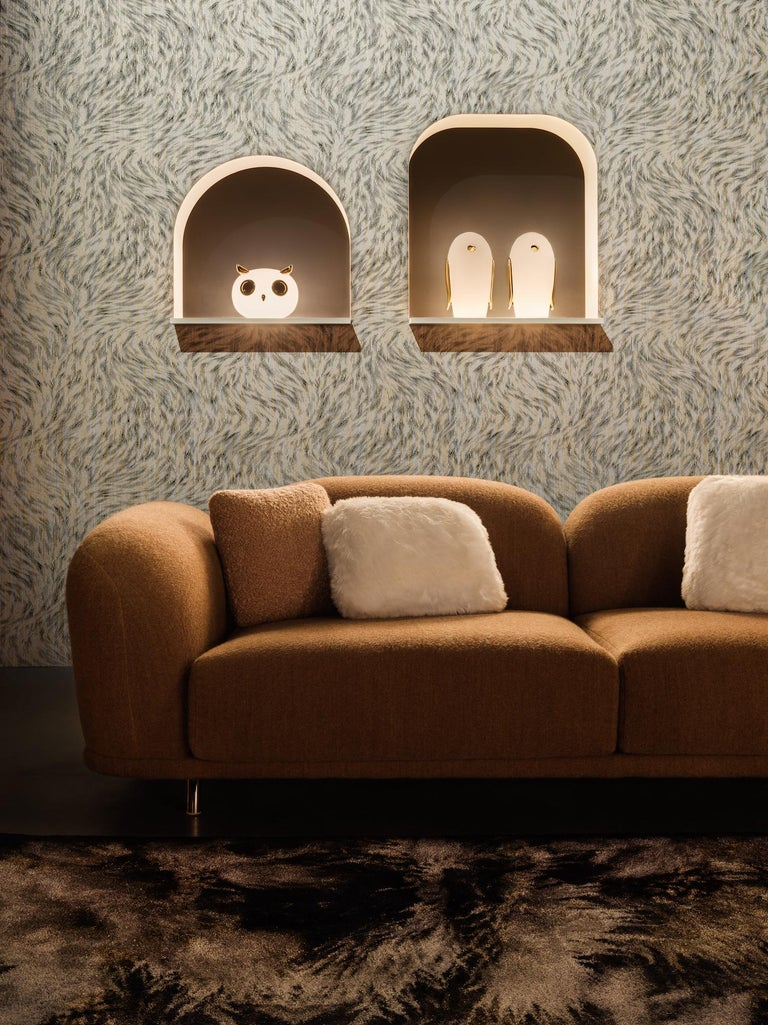 Modern Moooi Purr Table Lamp in White Opal Glass and Gold Painted Ceramic For Sale
