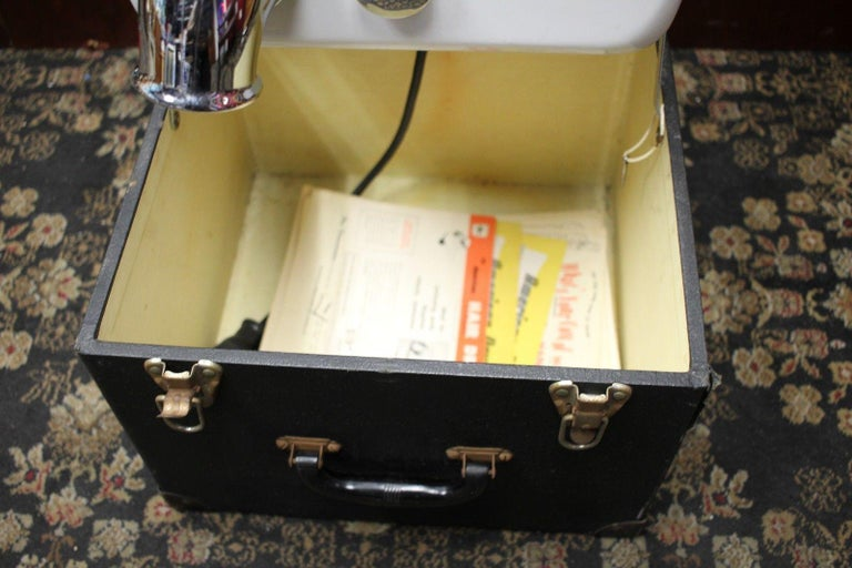 1940s Salesman Sample American Hand Dryer Model SA-10 In Fair Condition For Sale In Orange, CA