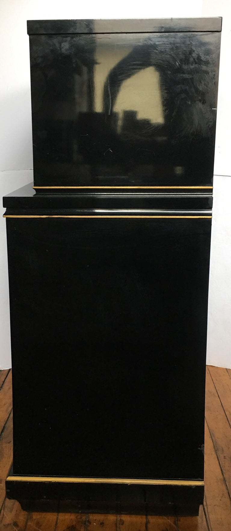 Art Deco Style Lacquer and Gilt Greek Key Dresser Chest In Fair Condition For Sale In Lambertville, NJ
