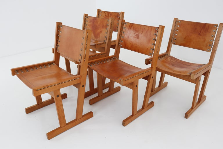 French Midcentury Safari Chairs in Thick Cognac Saddle Leather and Solid Pine Wood For Sale