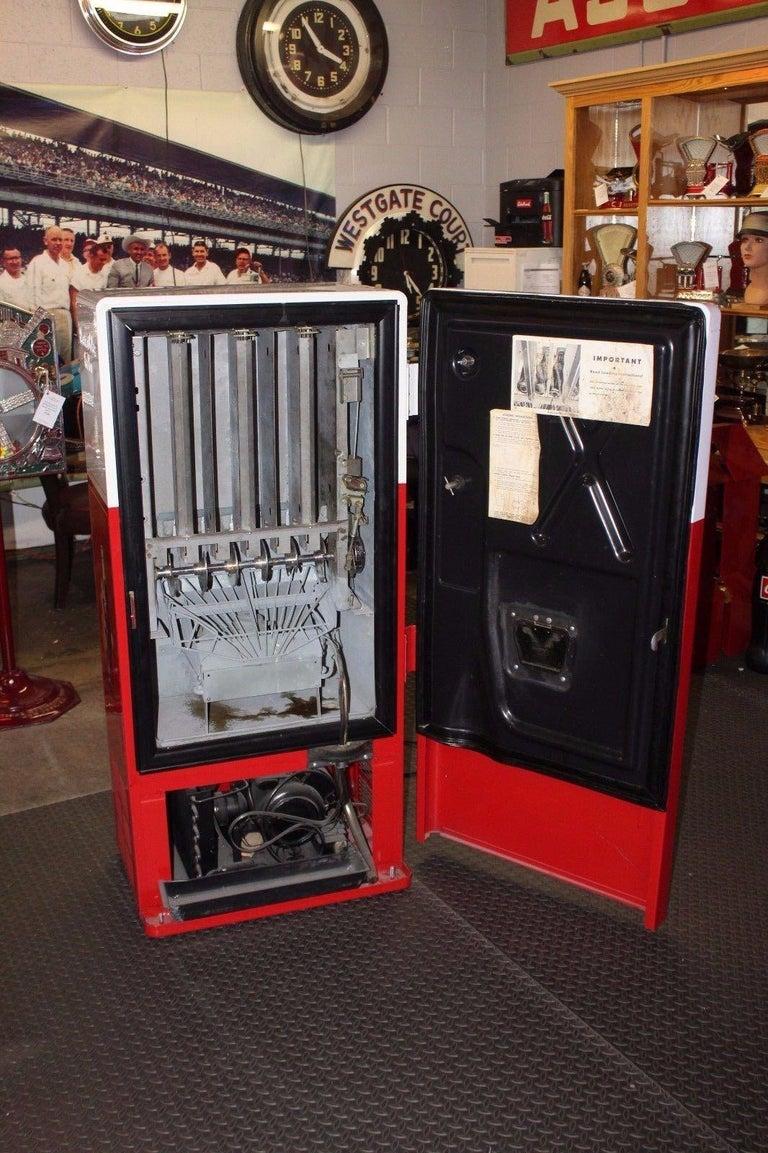 American 1950s Coca-Cola Westinghouse Model 42 Vending Machine For Sale