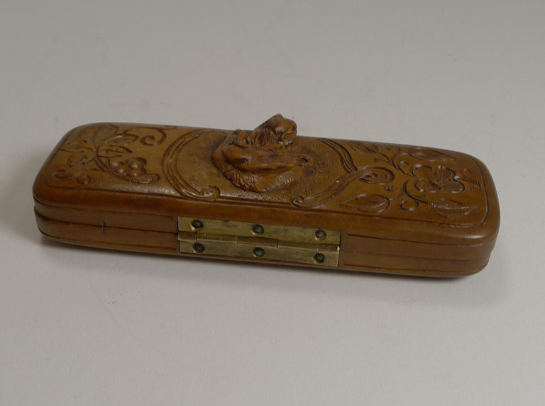 Early 20th Century Rare Antique Black Forest Travel Thermometer Carved Dog, circa 1900 For Sale