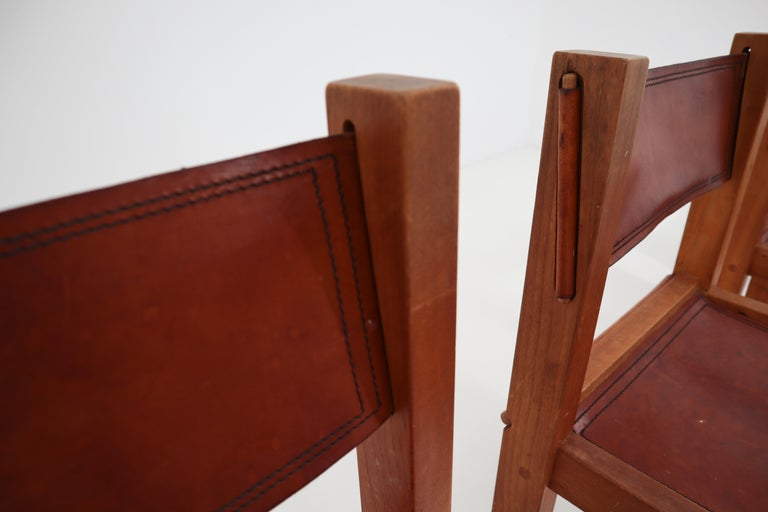 Four Midcentury Wood and Leather Dining Chairs In Good Condition For Sale In Almelo, NL