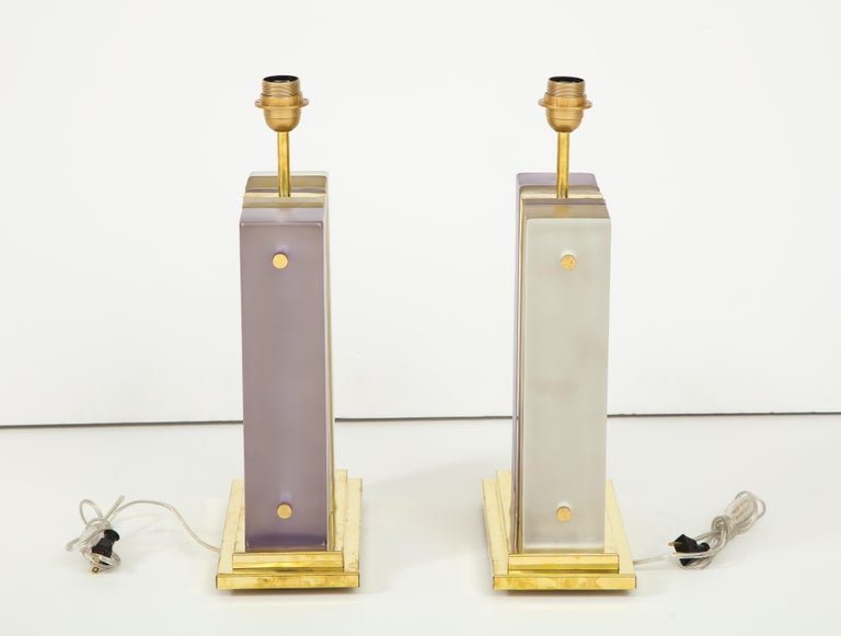 Pair of White, Smoke and Lavender Murano Glass Block and Brass Lamps, Italy In Excellent Condition For Sale In New York, NY