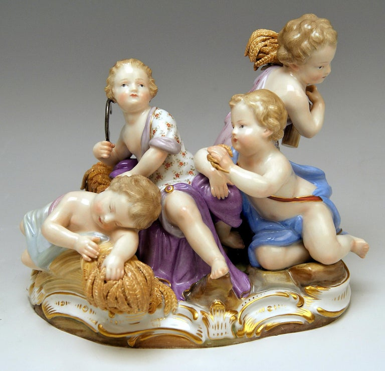 Meissen Four Seasons Figurines by Kaendler, circa 1850 In Excellent Condition For Sale In Vienna, AT