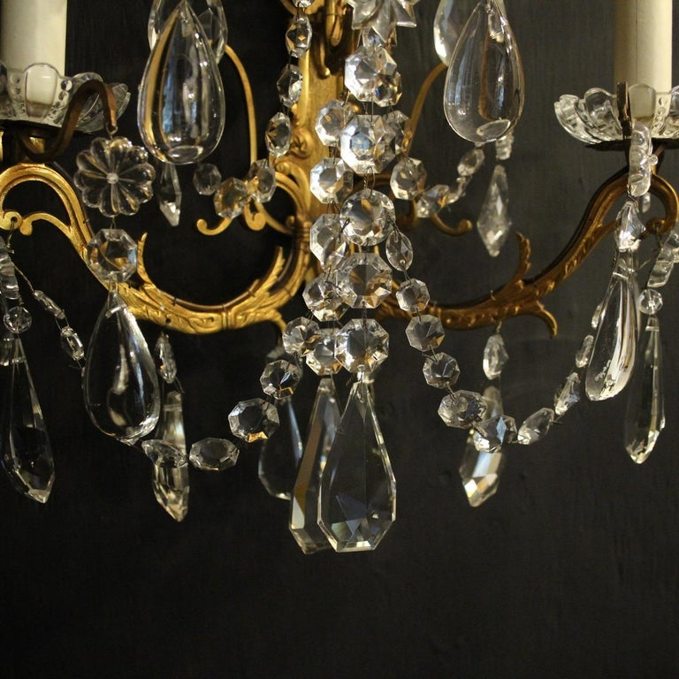 French Pair Of Gilded Bronze and Crystal Antique Wall Lights For Sale 1