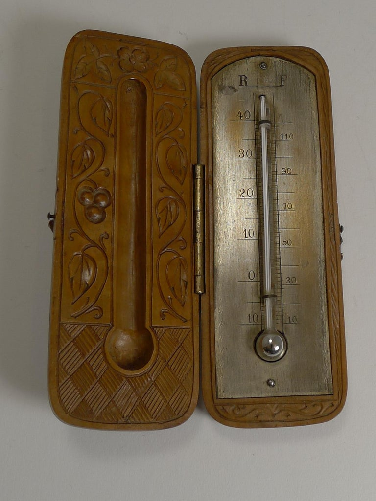 Rare Antique Black Forest Travel Thermometer Carved Dog, circa 1900 For Sale 2