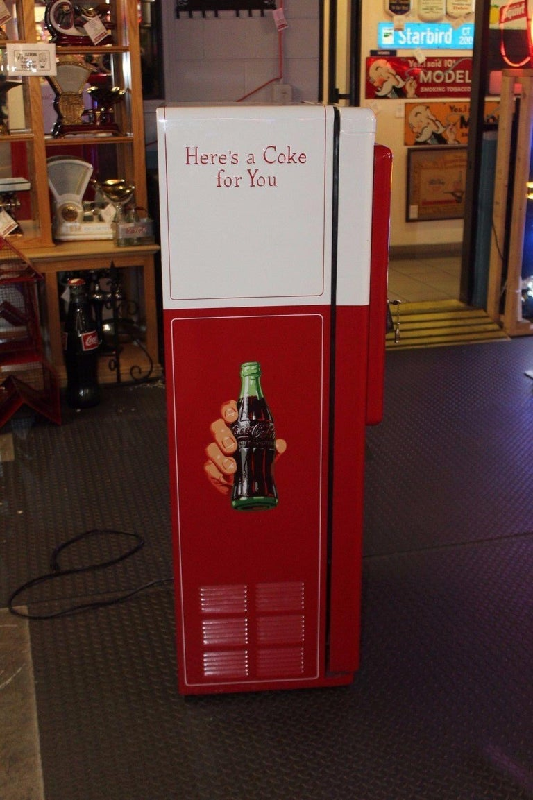Metal 1950s Coca-Cola Westinghouse Model 42 Vending Machine For Sale