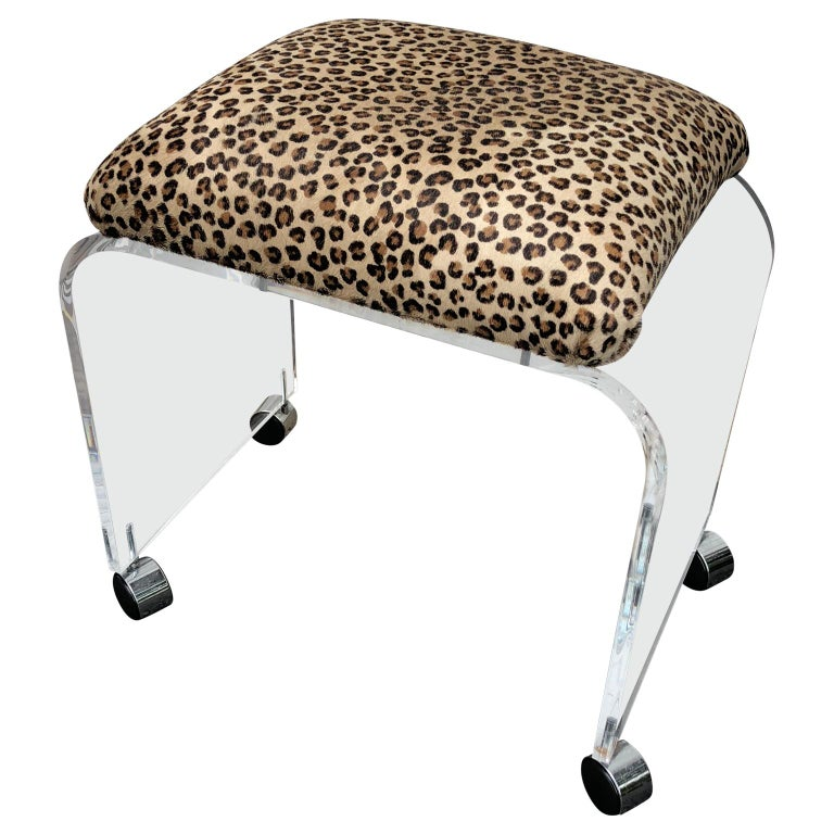 Mid-Century Modern Waterfall Lucite Stool or Bench with Faux Cheetah Fabric For Sale 1