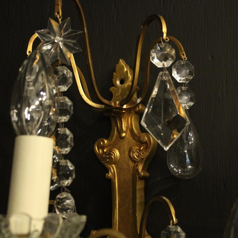 French Pair Of Gilded Bronze and Crystal Antique Wall Lights For Sale 2