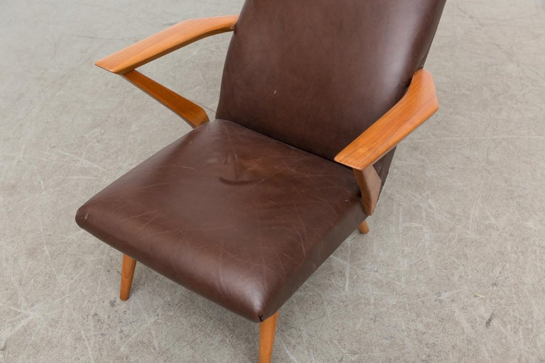 Original Leather Lounge Chair with Pecan Frame For Sale 2