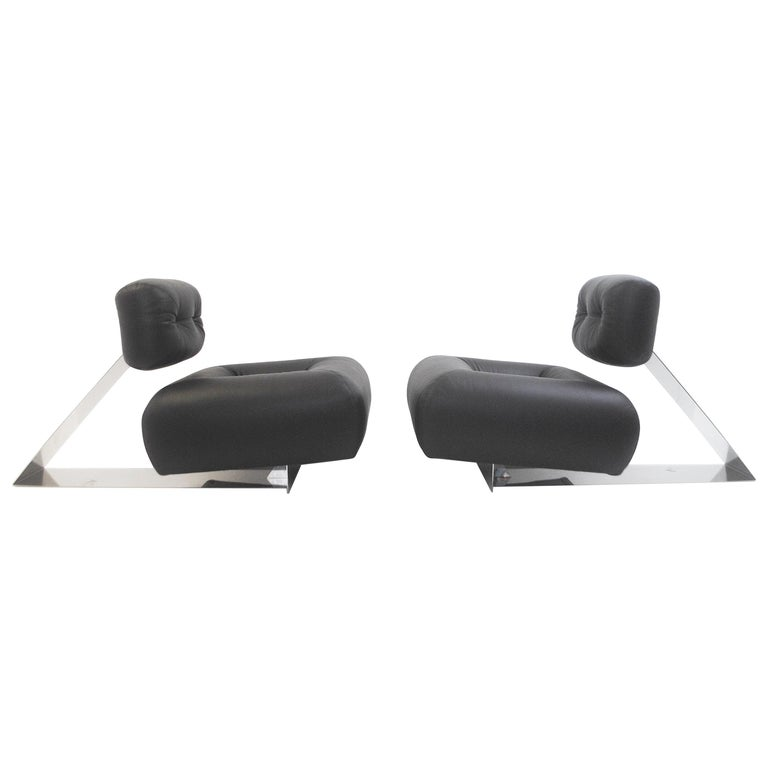 Pair Of Rare Aran Lounge Chair Oscar Niemeyer
