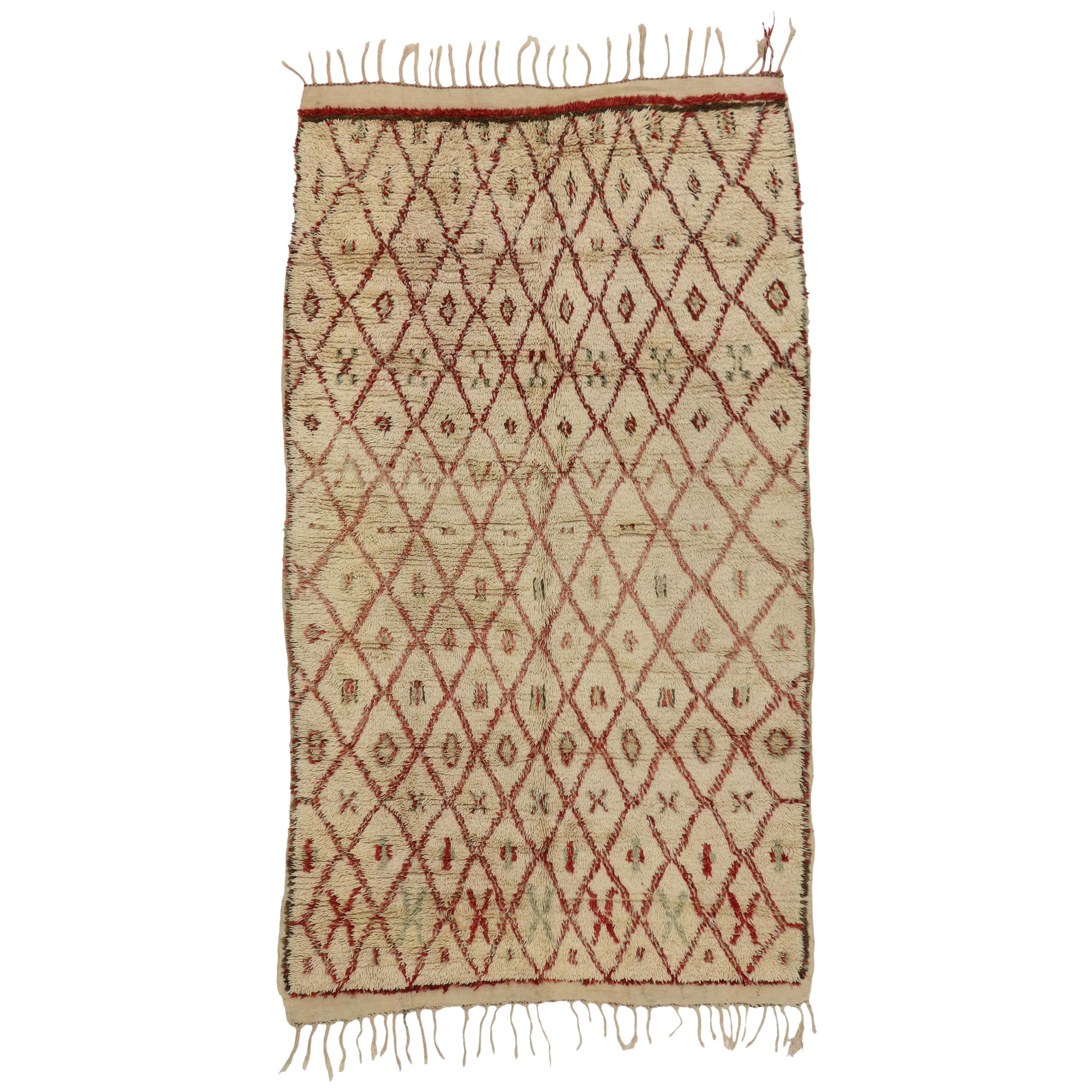 Vintage Berber Moroccan Azilal Rug with Tribal Style, Moroccan Berber Carpet