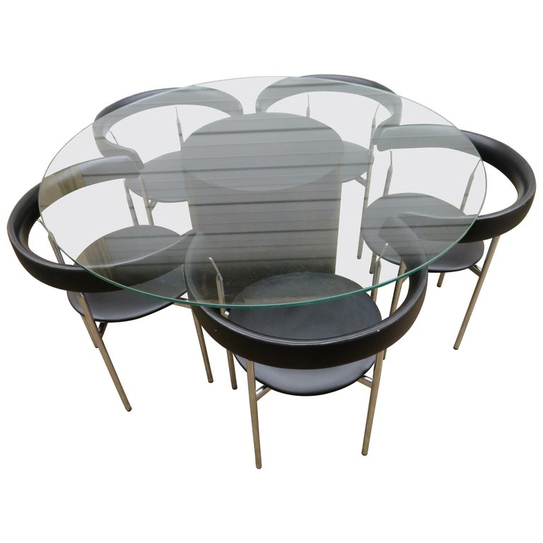 Barrel Table And Chairs For Sale: Set Of Five Poul Kjaerholm Style Barrel Back Dining Chairs
