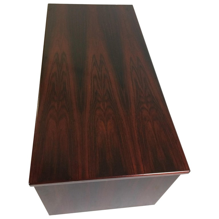 1990s Excecutive Desk in Rosewood by Bent Silberg for Bent Silberg Mobler For Sale