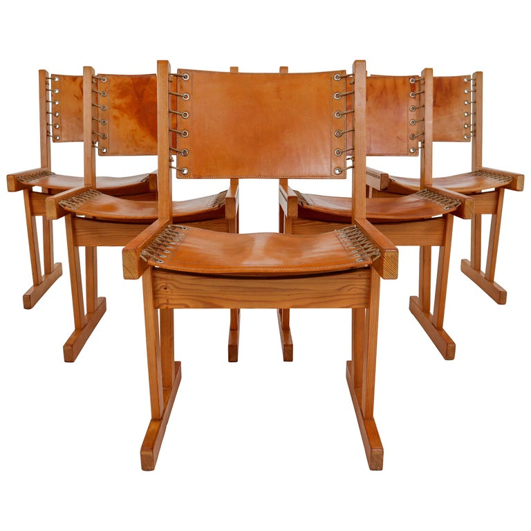 Midcentury Safari Chairs in Thick Cognac Saddle Leather and Solid Pine Wood For Sale