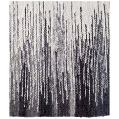 Handwoven Wool Flat-Weave Rug in Black and White Pattern