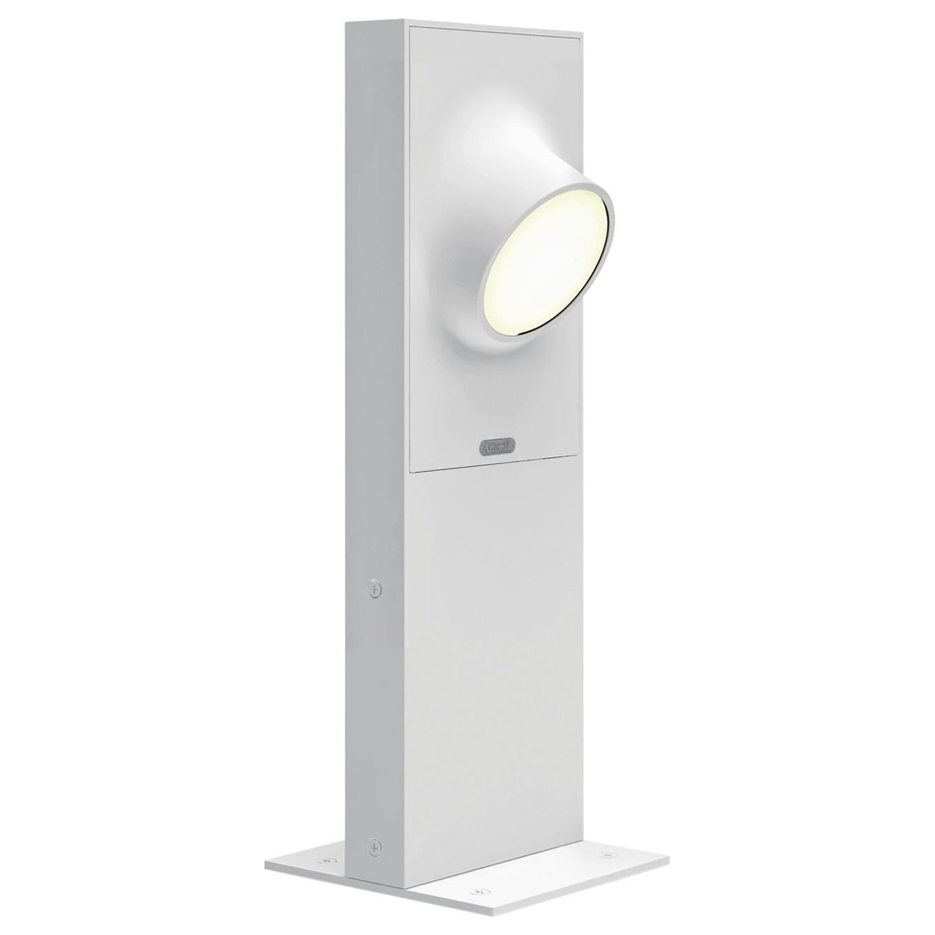 Artemide Ciclope 50 Unilateral Floor Light in White by Alessandro Pedretti