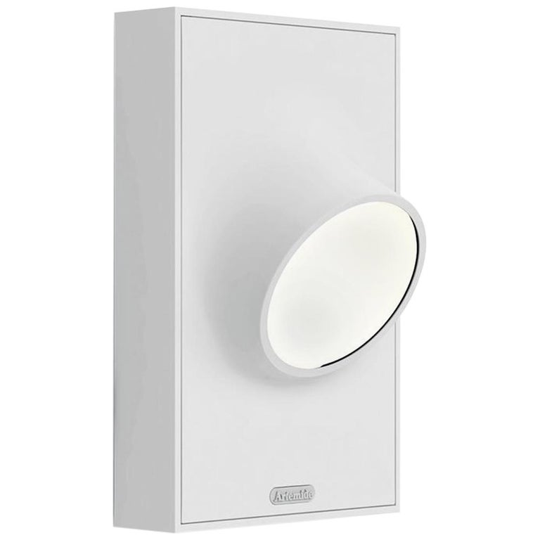 Artemide Ciclope Wall Light in White by Alessandro Pedretti For Sale