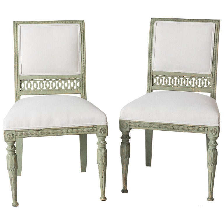 Pair of Swedish Gustavian Period Side Chairs in Old Green Paint, circa 1800 For Sale