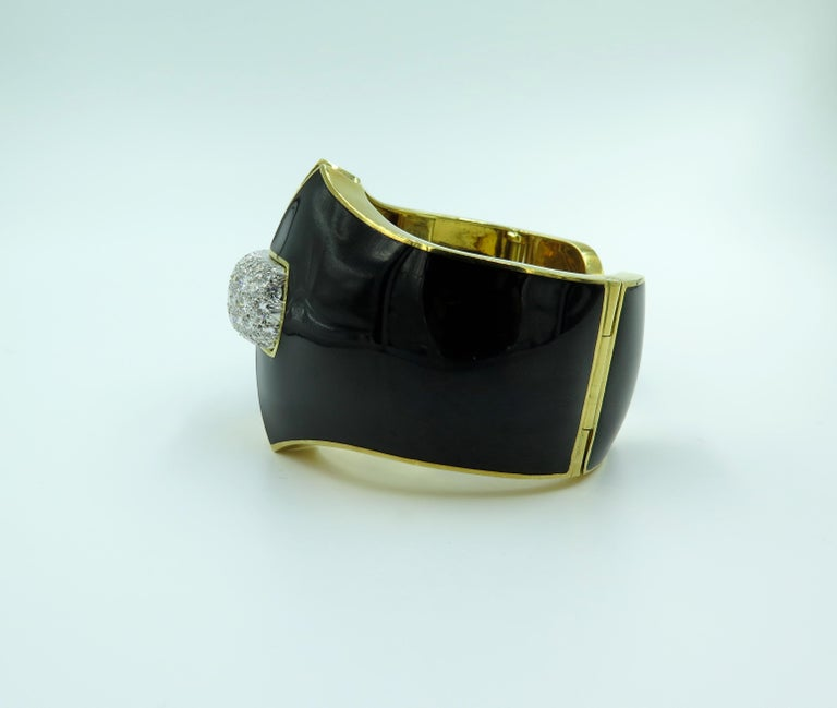 David Webb Platinum, Diamond and Enamel Cuff Bracelet In Excellent Condition For Sale In New York, NY