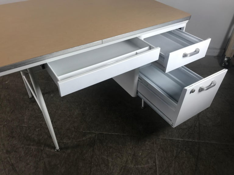 Modernist Lacquered Steel Desk, Metal Industrial In Excellent Condition For Sale In Buffalo, NY