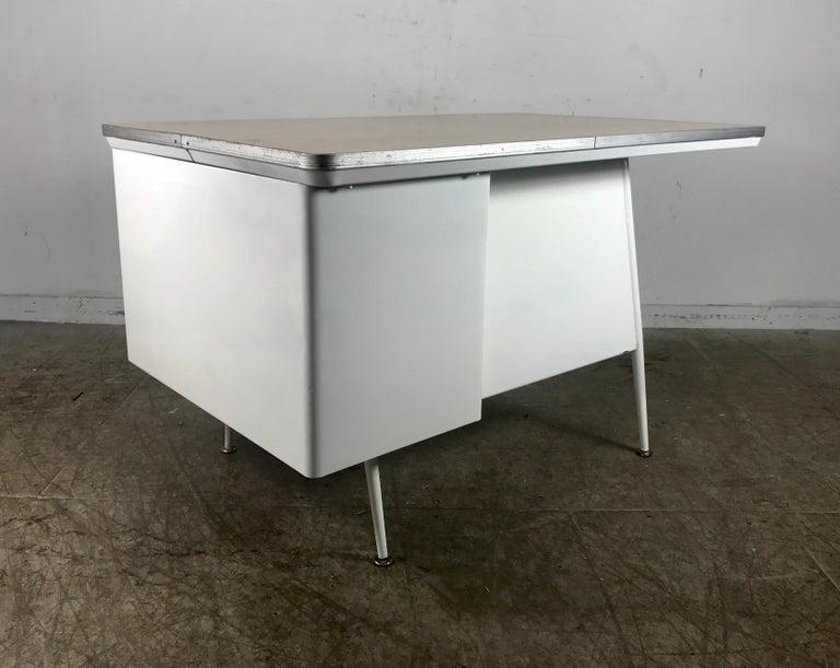 Modernist Lacquered Steel Desk, Metal Industrial For Sale 1