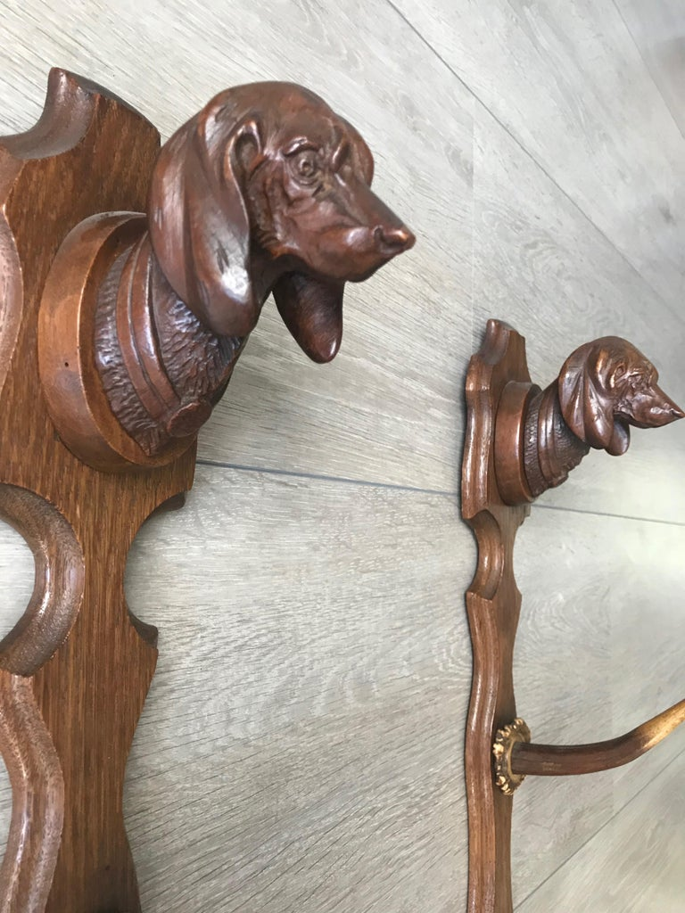 Antler Antique Oak Three Rifle Rack / Wall-Mounted Gun Display w. Dachshund Sculptures For Sale