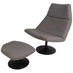 Italian Mid-Century Modern Swivel Lounge Chair and Ottoman