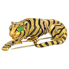 David Webb Vintage 18k Yellow Gold Circa 1970 Tiger Brooch
