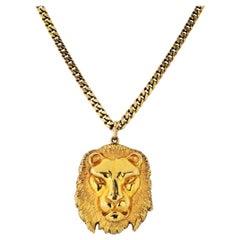 David Webb Vintage 18k Yellow Gold Detachable Lion Medallion Pendant