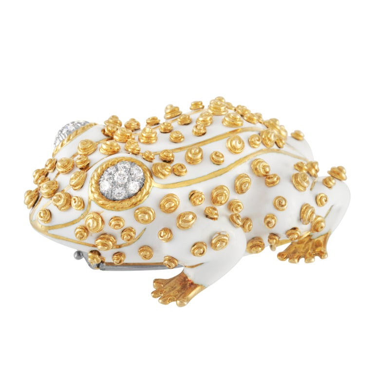 Round Cut David Webb White Enamel Frog Brooch Set with Diamond Eyes in 18K Yellow Gold For Sale
