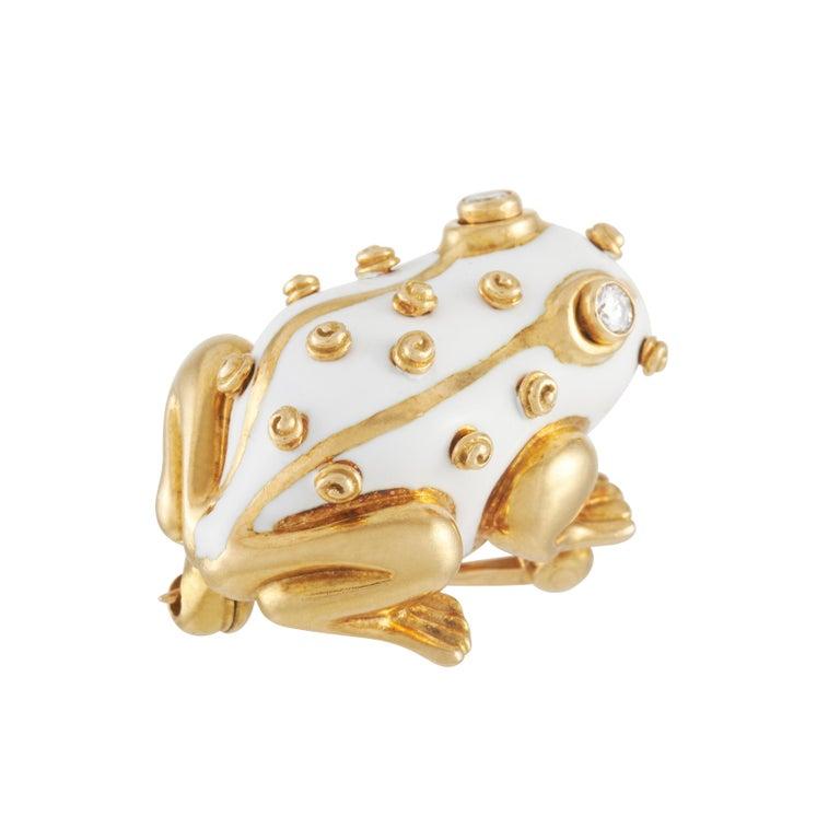 David Webb White Enamel Frog Brooch Set with Diamond Eyes in 18K Yellow Gold For Sale 5