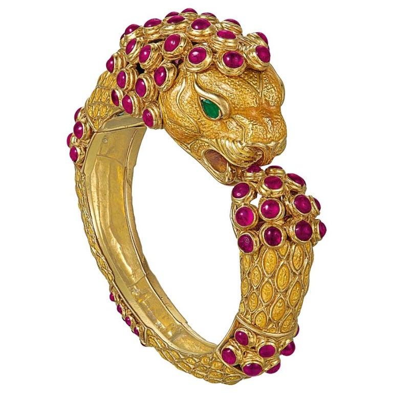 New Gold /& Rhinestone With Ruby Red Accent Bangle Bracelet