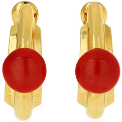 David Webb Yellow Gold 18 Karat Hoop Earrings with Coral Cabochons