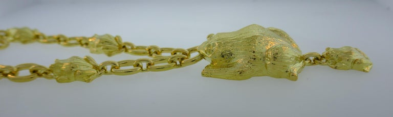 Women's or Men's David Webb Yellow Gold Frog Chain Necklace, 1980s