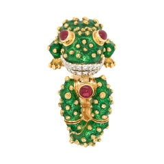 David Webb Yellow Gold Platinum Green Enamel Cabochon Frog Bracelet