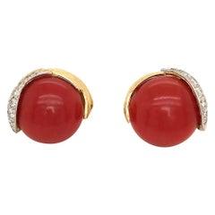 David Webb Yellow Gold Round Coral Pave Diamond 18 Karat Plat Pierced Earrings