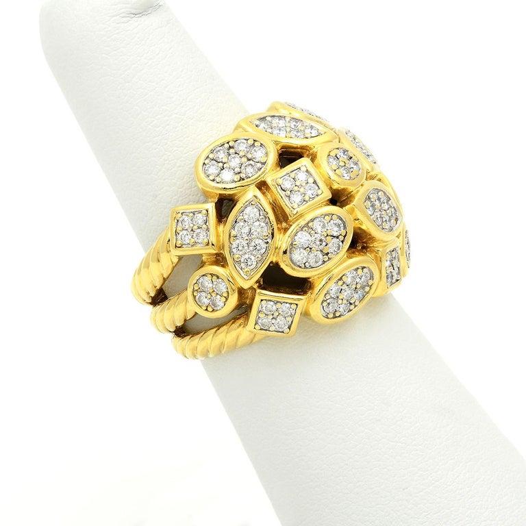 David Yurman 18k Yellow Gold Diamond Cluster Ring In Good Condition For Sale In Dallas, TX