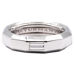 David Yurman Faceted Band Ring in 18k White Gold with Baguette Diamond