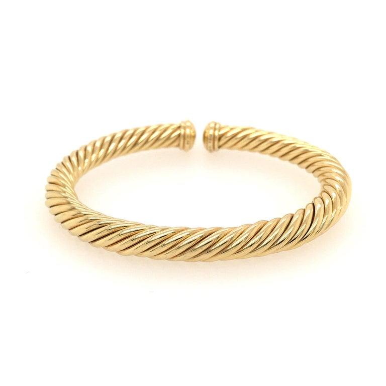 David Yurman Yellow Gold Cable Spira Bracelet In Excellent Condition For Sale In New York, NY