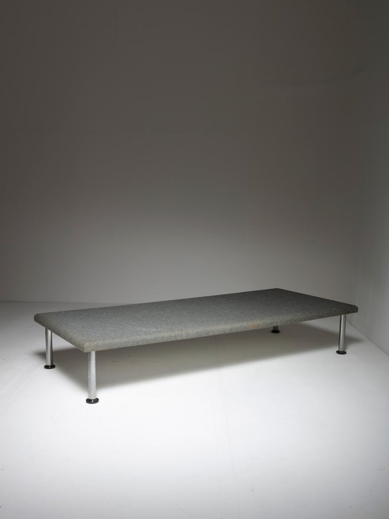 Daybed and case piece designed by Roberto Gabetti & Aimaro Isola as a very limited production to furnish Talponia, a residential building for Olivetti employees in the early 1970s. Sturdy metal frame covered with a special felt, chrome legs and