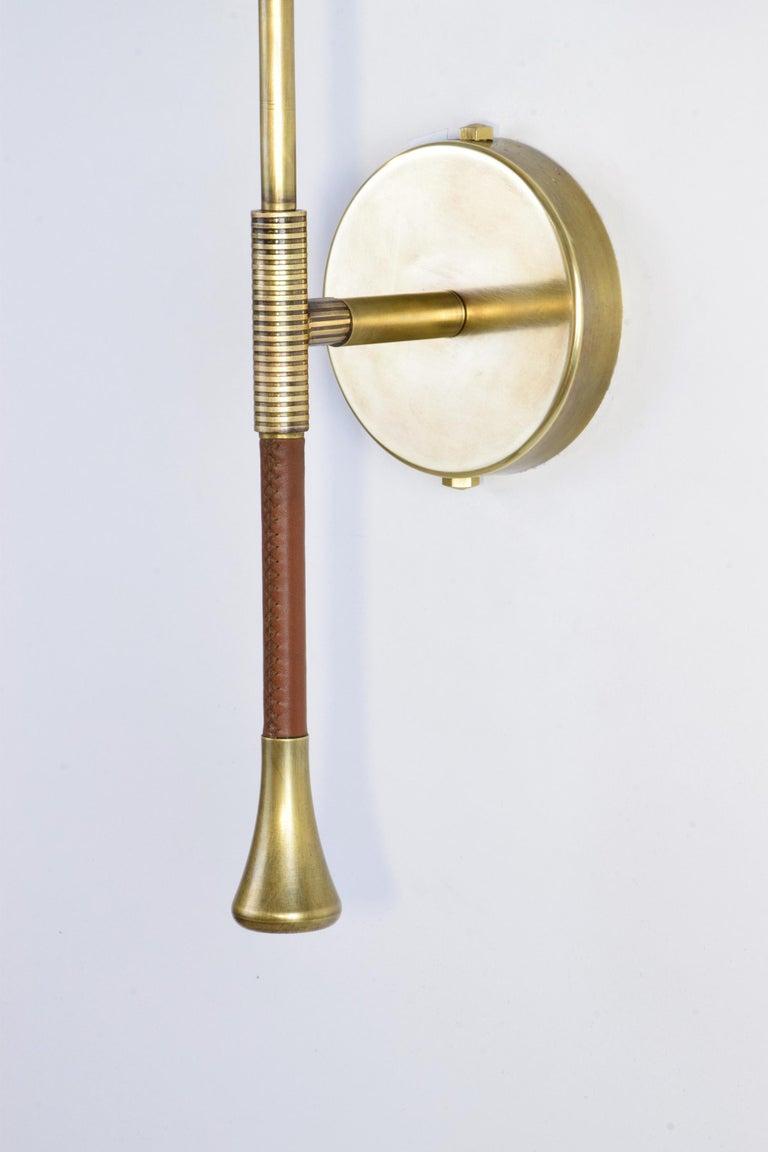 Glass DAYA-WM1 Brass Modern Engraved Wall Light, Flow 2 Collection For Sale