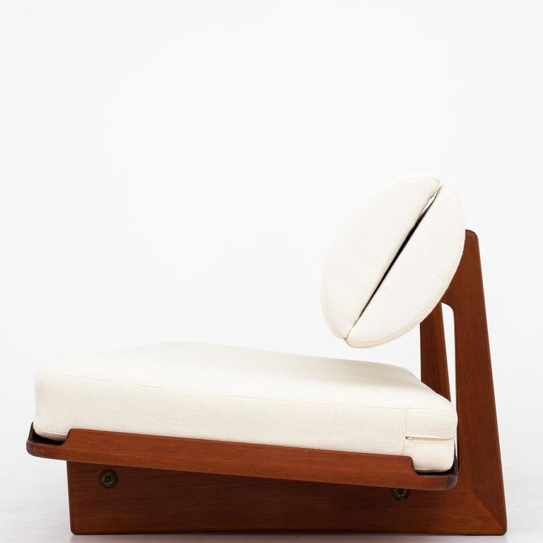 Daybed in mahogany with reupholstered mattress and back in Hallingdal 65/100 wool. Storage in backrest. Designed in 1965. Maker P.J. Furniture.