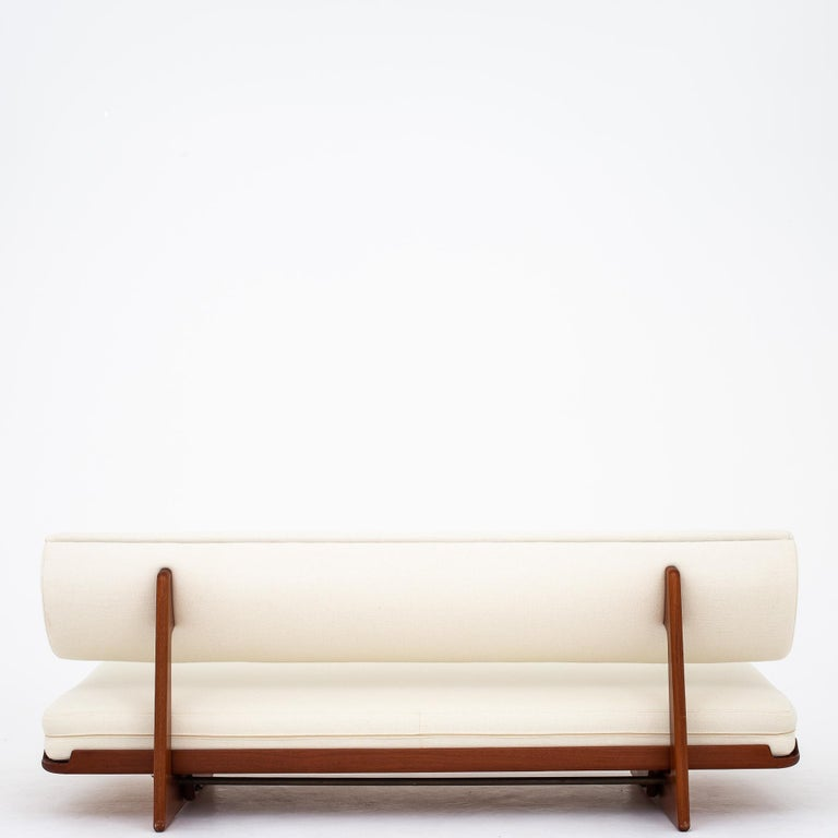 Scandinavian Modern Daybed by Grete Jalk For Sale
