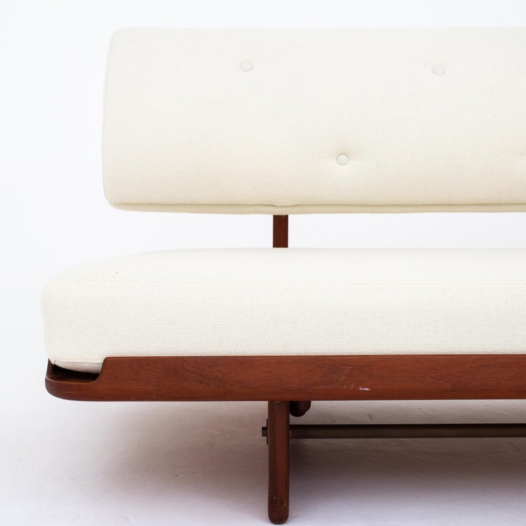 Daybed by Grete Jalk In Good Condition For Sale In Copenhagen, DK