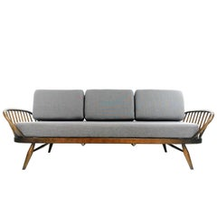 Daybed Sofa Designed by Lucian Ercolani and Manufactured by Ercol in England