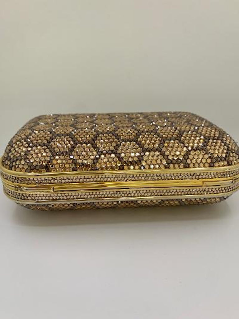 Dazzling Judith Leiber Crystal Minaudiere Evening Clutch With Honeycomb Design  For Sale 7
