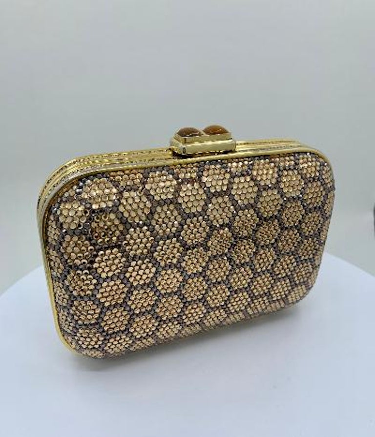Dazzling Judith Leiber Crystal Minaudiere Evening Clutch With Honeycomb Design  For Sale 3