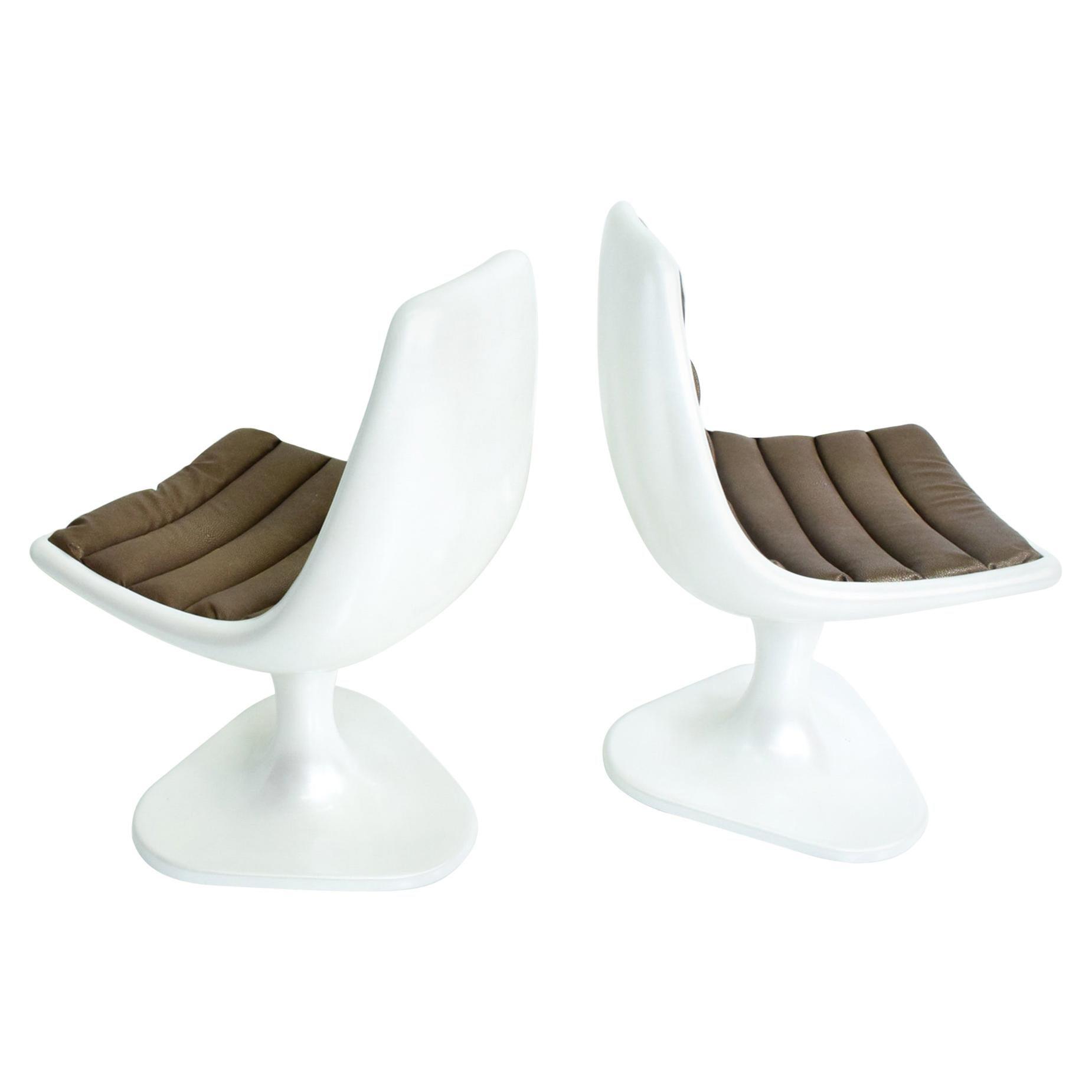 Dazzling White Atomic Fiberglass Side Chair Set Eero Saarinen Style 1970s Mexico